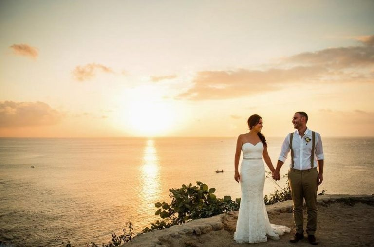balangan-cliff-top-Bali-Moon-Wedding-balimoonwedding-baliclifftopwedding-balioceanviewwedding-balielopement-elopeinbali-1